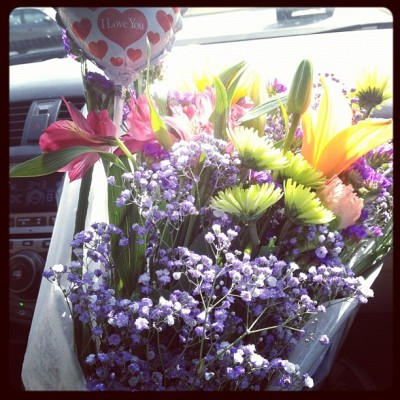 That #Bitch #Loves Me ::: #mlf #flowers #justbecause #random #lesbians ::: I'm #Spoiled 😍😘😍 (Taken with Instagram)