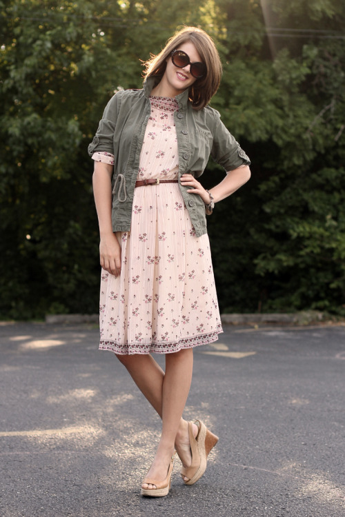 Add some edge to your floral dresses by layering on an olive jacket. via What I Wore.