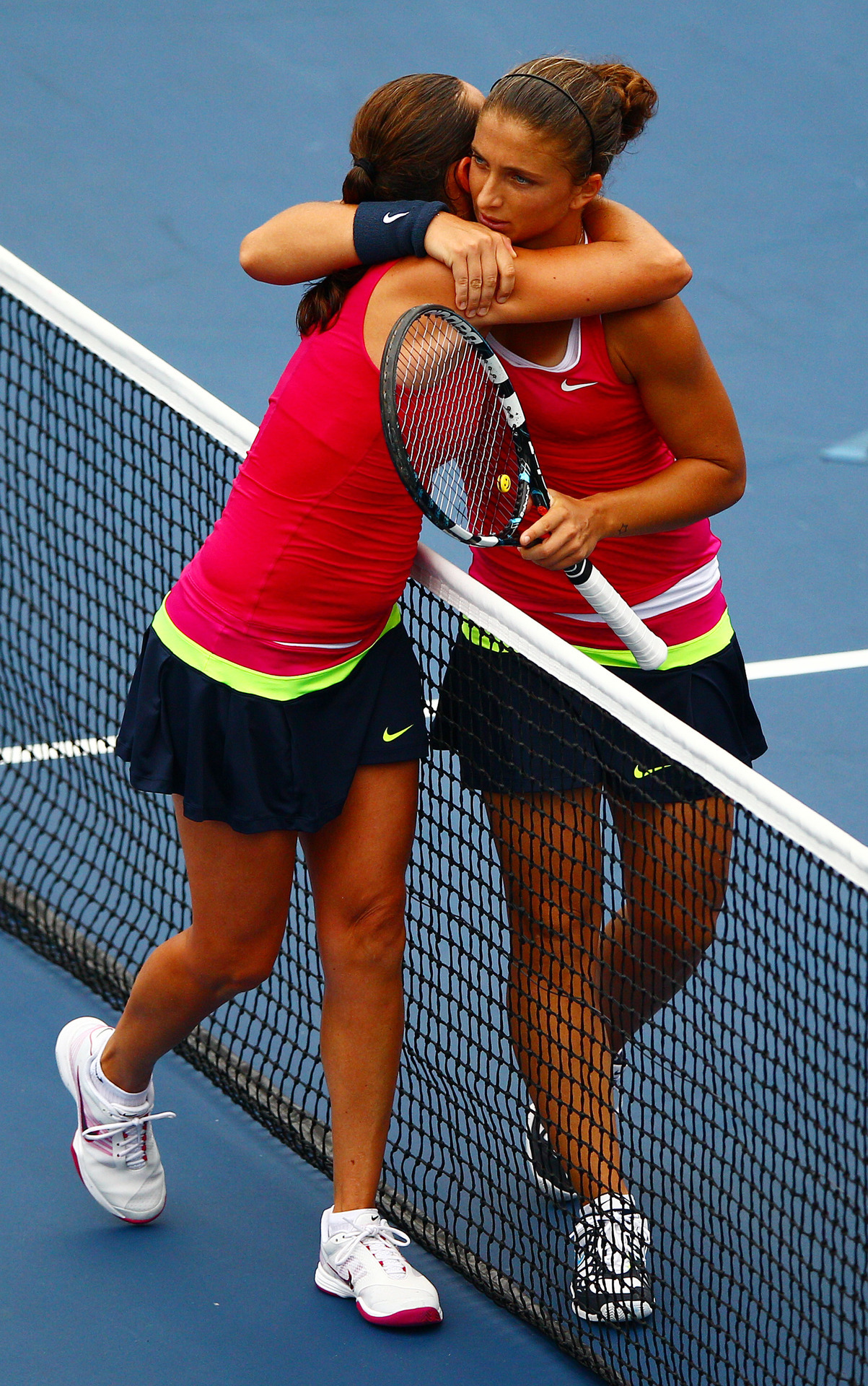 Wait a second … You're not seeing double: Sara Errani and Roberta Vinci (both of Italy) wore the same outfit in their women's quarter-final. It might have something to do with the fact that they are doubles partners. The crowd in New York might have been a bit confused, so maybe next time they should call each other?