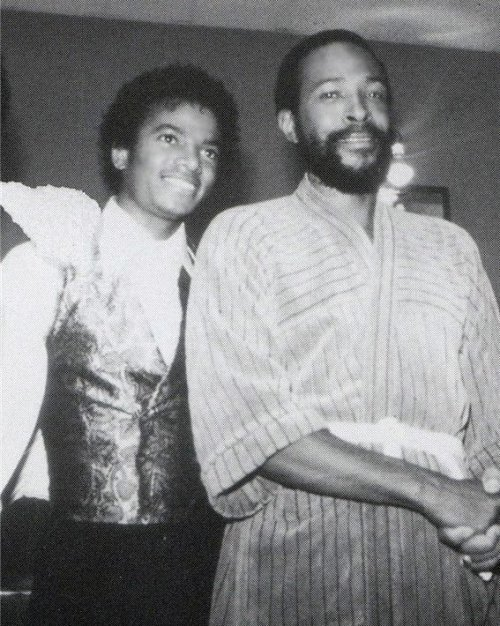 lovesoulbounce:   mjjnews:  Michael Jackson & Marvin Gaye.   Michael & Marvin back in the day  Why a bathrobe? Because he was Marvin Gaye.
