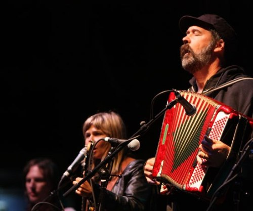 "Krist Novoselic joins the Vaselines on ""Jesus Wants Me for a Sunbeam"" at Bumbershoot on Monday. (Video here.)"