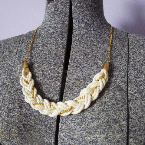 DIY Stitched + Adorned Inspired Braided Romance Necklace Tutorial by Thanks, I Made It at The Average Girl's Guide here. This necklace is no longer available over at Stitched + Adorned, but this is such an easy and well explained DIY from Erin from Thanks, I Made It. *For more knockoffs go here: truebluemeandyou.tumblr.com/tagged/knockoff
