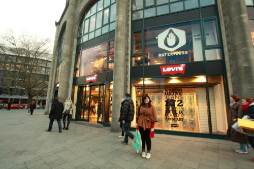 Me in front of the Levi's store on the Ku-damm (Kurfurstendamm)