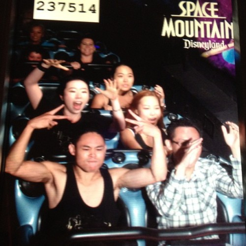 Gunned it today with #TeamKorea @dancerdassy #Disneyland #SpaceMountain  (Taken with Instagram)