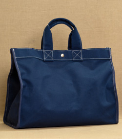 utility canvas classic field bag (navy)purl soho$85