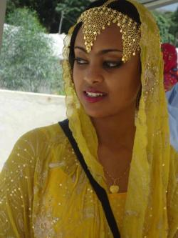 follia-e-bellezza:  Beautiful girl from harar,ethiopia!