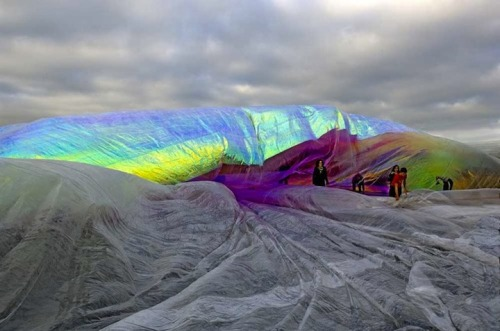 Tomas Saraceno (via Poetic Cosmos of the Breath | iGNANT.de)