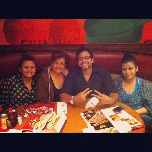 La familia Rivera :D it was a great evening :) thank you!  (Taken with Instagram at Pizza Hut)