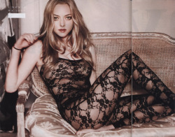addictive-obsession:  Amanda Seyfried photographed by Kayt Jones for Esquire, April 2010