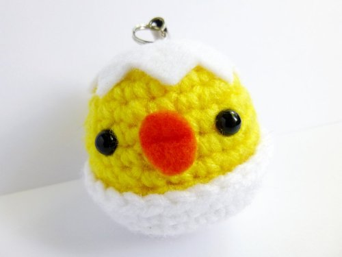 lascosasdebyakko:  Hatched Chick Keychain by ~possumsloveart