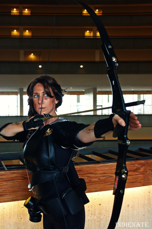 nate-b:  Katniss Everdeen cosplay by Lady S. Taken at DragonCon 2012  I'm suddenly finding a lot of me.. I remember you, though. Thank you so very much for taking my photo. :)