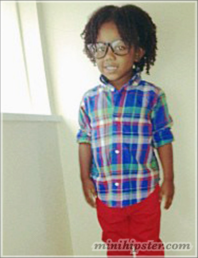 Hipster Toddler wears red pants and plaid shirt. (From minihipster.com)
