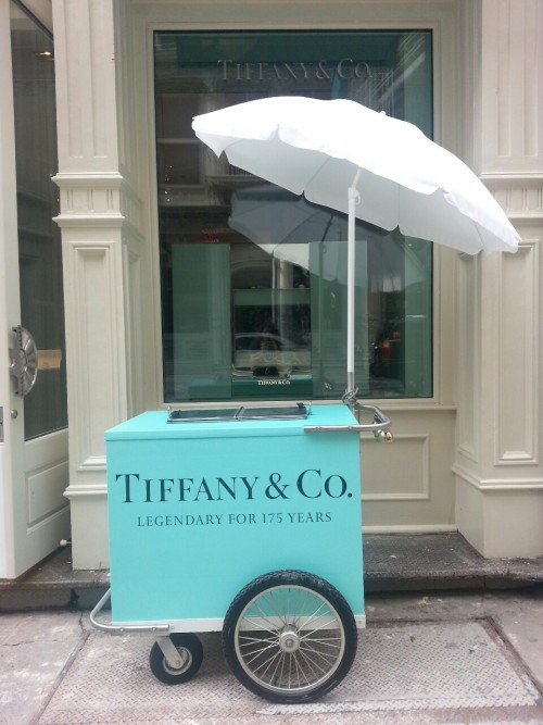 spirittt:  blackberryvision:  Tiffanys. SoHo  so cute