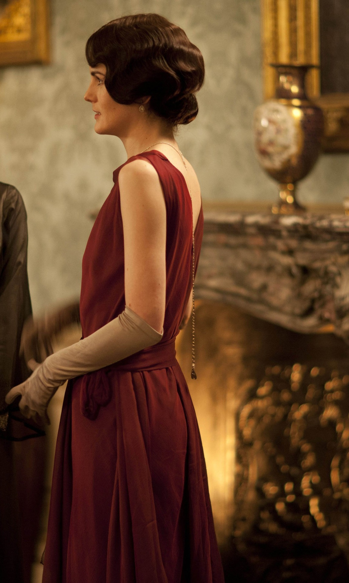 suicideblonde:  Michelle Dockery in the third season of Downton Abbey