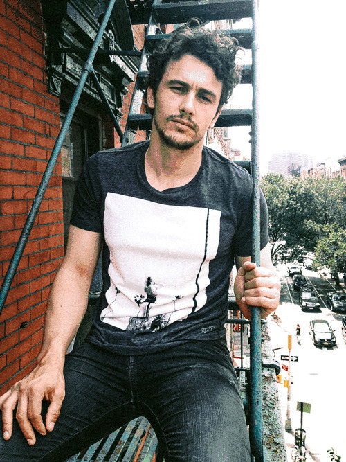 James Franco Launches His Own 7 For All Mankind T-Shirt (Photo) Read more: http://allieiswired.com/archives/2012/09/james-franco-launches-his-own-7-for-all-mankind-t-shirt-photo