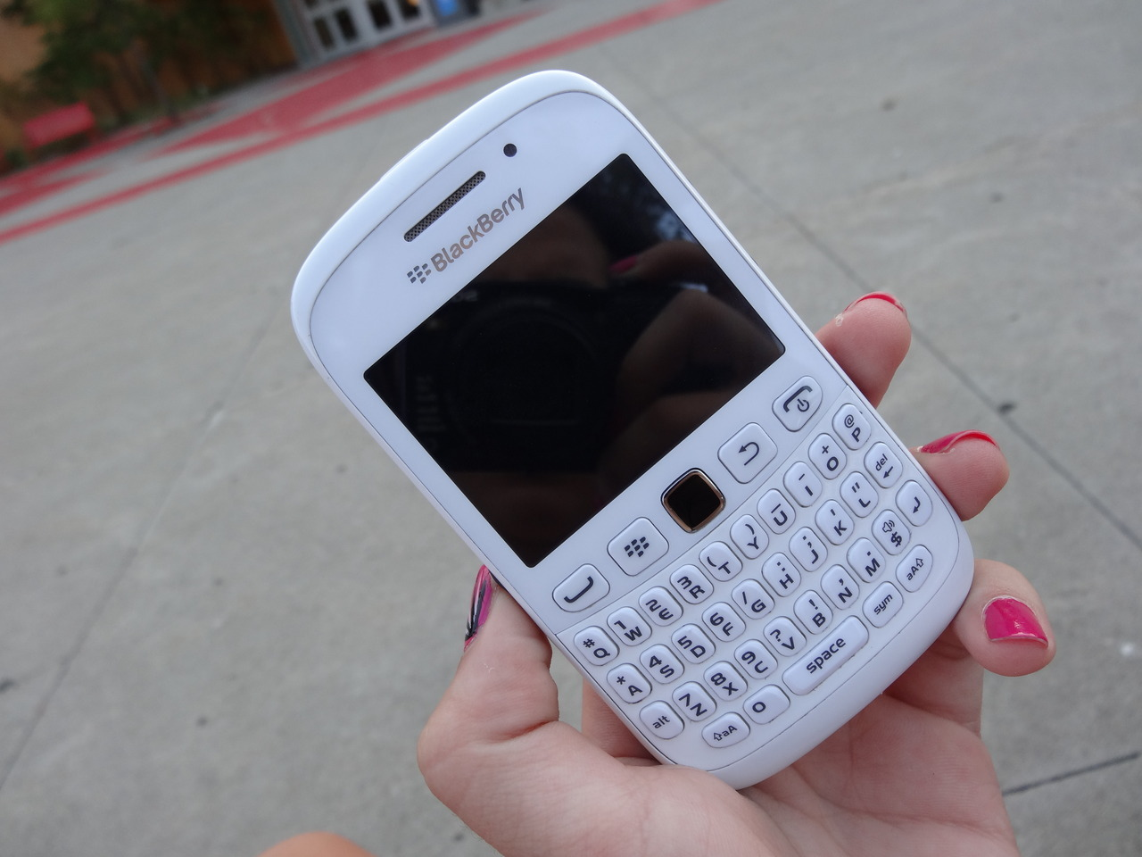 i always wanted a blackberry. is this one a whiteberry? okay ignore that.
