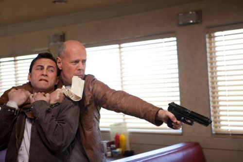 I am looking forward to this film! thisistheverge:  Film review: 'Looper' Time-travel movies traffic in upended expectations. From The Terminator's Michael Biehn fathering John Connor, to Shane Carruth and David Sullivan's schemes in Primer, a huge part of the fun of bending the space-time continuum is watching characters discover the unexpected consequences of their actions. Rian Johnson's inventive sci-fi drama Looper is an entrant in that same tradition — but the group that may be most surprised is the audience itself.