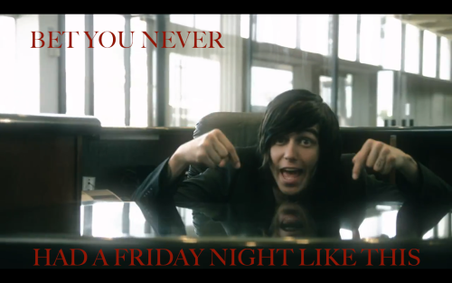 Kellin Quinn in the music video for King for a Day