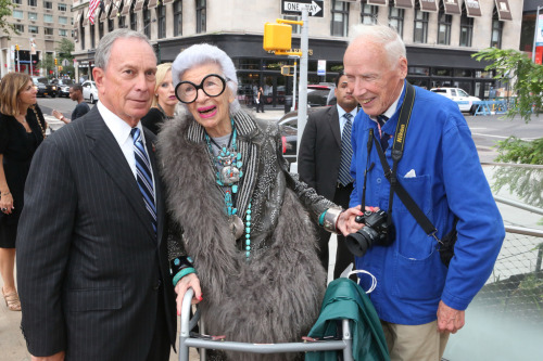 nycgov:  Happy Fashion Week, NYC.  Hahahahahahahaha. Bloomberg, you are forever a tightass snobbish rich prick. You're not even trying. Bill Cunningham, you're untouchable, as are you, Iris. That will be all.