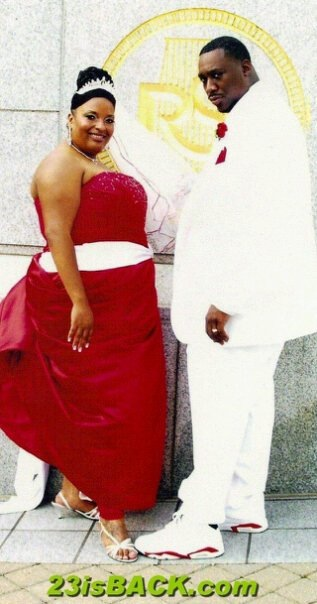 its a good example of a lacefront & jordan themed wedding I wanna have one day