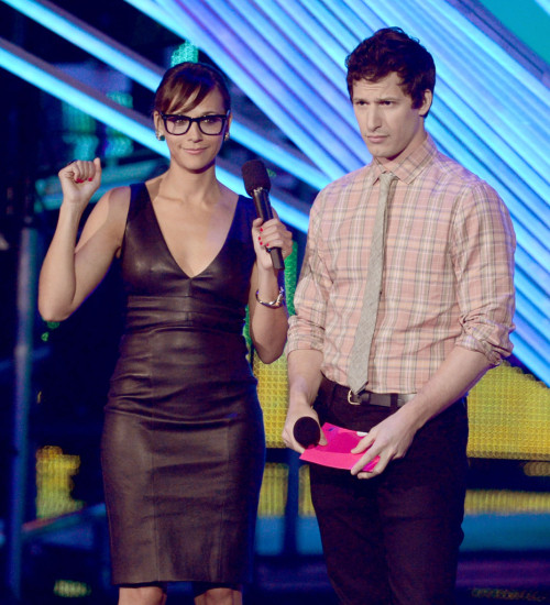 suicideblonde:  Rashida Jones and Andy Samberg at the 2012 MTV Video Music Awards in LA, September 6th