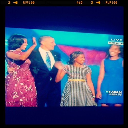 The Obama family. #obama2012 #obama #barackobama #maliaobama #michelleobama #sashaobama (Taken with Instagram)