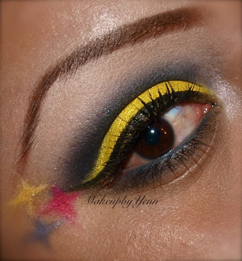 Steelers Inspired Makeup  Fairytales Forever  For more looks visit itstheeprincess.tumblr.com  Like my Facebook Page:  https://www.facebook.com/FairytalesForever Follow me on instagram! @makeupbyyenn