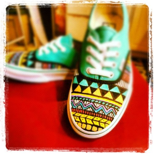 #vans #vanscollection #vansoffthewall #california #custom #authentic #native #tribal #hipster #cool #tumblr #twitter #social #edited #fashion #photography  (Taken with Instagram)