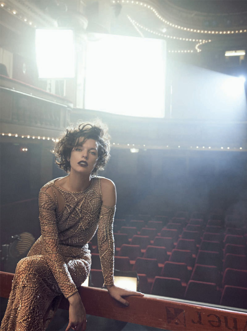 suicideblonde:  Milla Jovovich photographed by Peter Lindbergh for Vogue Italia, September 2012