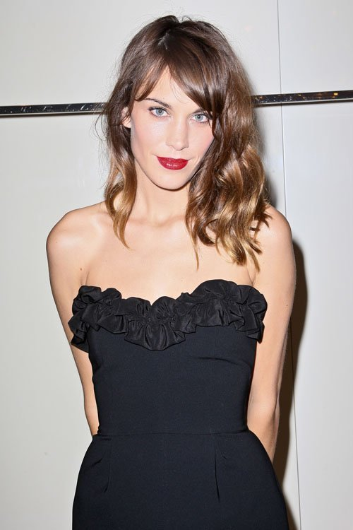 alexa chung-: Alexa DJing la FNO Moschino dans le Meatpacking District dans sa «robe sexy» (comme elle l'appelle)
