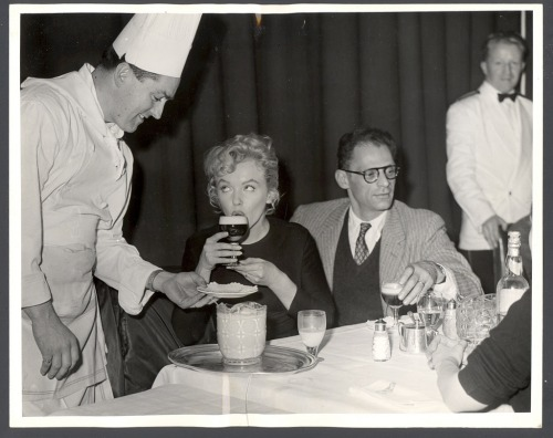 Marilyn and her third husband Arthur Miller, drinking Irish coffees on their way back to USA after completing the filming of The Prince and the Showgirl in London. November 1956.