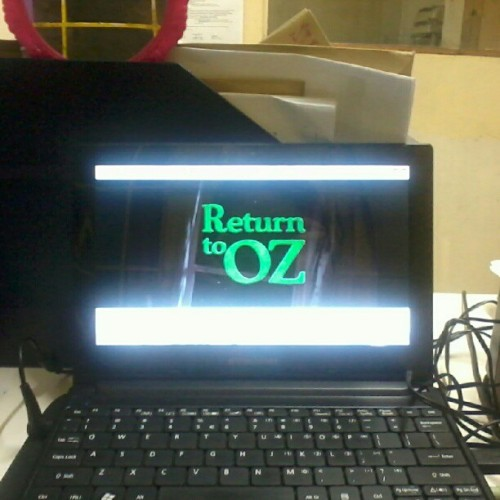 Watching return to oz habang nag aantay ng uwian! :)) (Taken with Instagram)