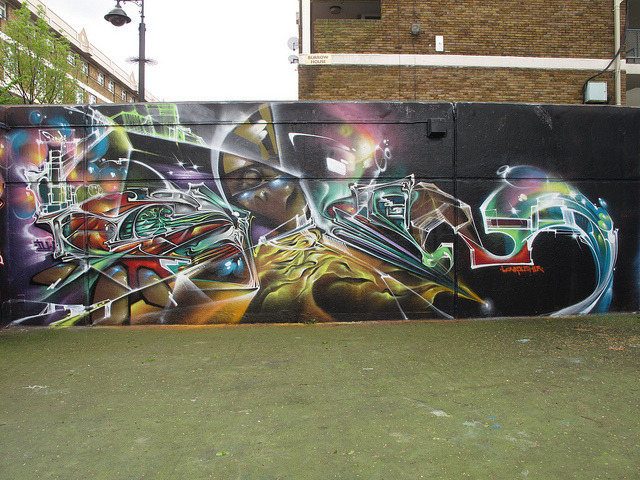 Bonzai graffiti by duncan on Flickr.A través de Flickr: