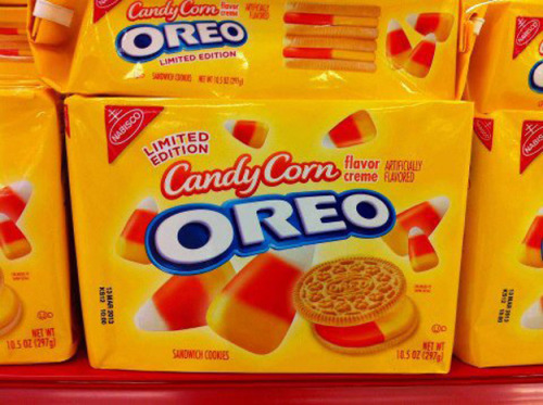 imwithkanye:  Introducing candy corn flavored Oreos.   WOW