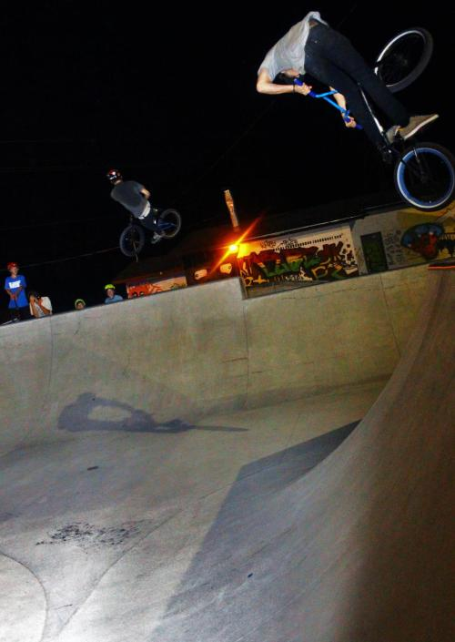 bradenbegravy:  Lookback on the quarter and turndown on the hip, BALLIN'! Both tricks are clicked! - Braden Bygrave