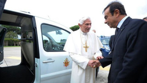Pope gets new electric car to drive around the VaticanThe Kangoo Maxi Z.E. model bearing the pontifical crest of arms on its side may also be used to shuttle the pope between churches outside the Vatican.