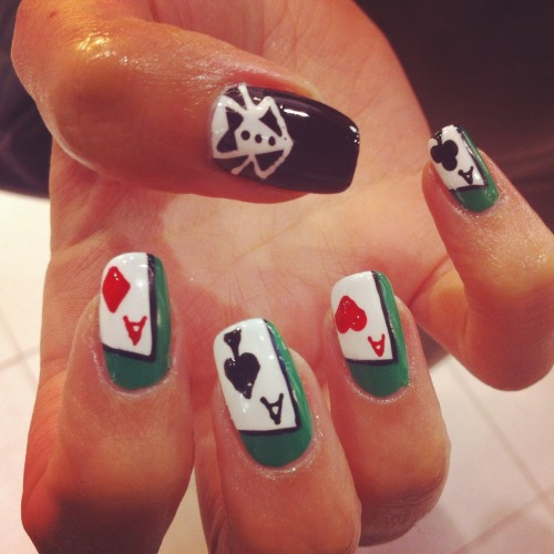 wahnails:  LUCKY ACES x TUXEDO BY WAH GURL JEANETTE  The tux is so