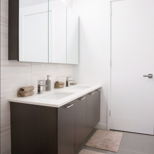 New Construction in Gramercy! Beautiful double sinked bathroom! #helvinrymer #workattire #nyc #apartments #realestate #luxury #luxurious #rental #rentals #home #realestateagent #broker #agent #agency #sales #sale #windows #gramercy #money #architecture #quality #home #crib #kitchen #bathroom #bath #home #cook #cooking #space #modern  (Taken with Instagram at AnchorNYC.Com/Helvin)