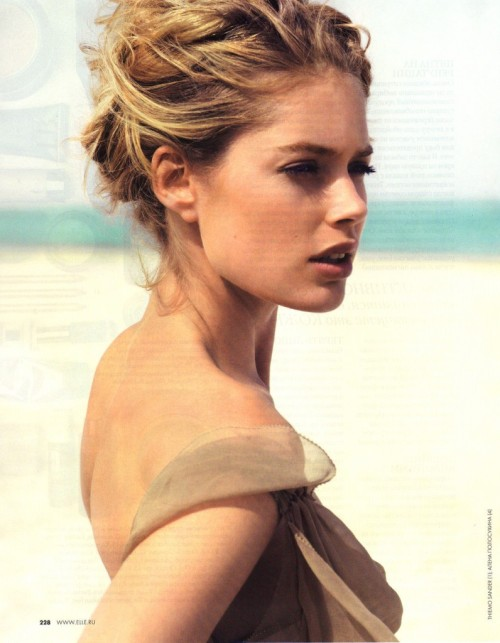Doutzen Kroes photographed by Thiemo Sander for Elle Russia June 2012
