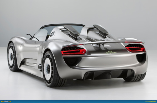 With two electric engines, the Porsche 918 will be the company's flagship hybrid supercar.