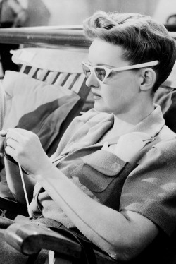 oopswrongcentury:  Bette Davis in Now, Voyager (1942).