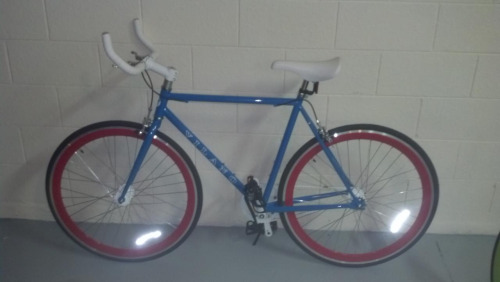 I'm getting this on Monday. It's a single speed with a flip-flop hub, so once I get used to it I can make it a fixed gear! :D