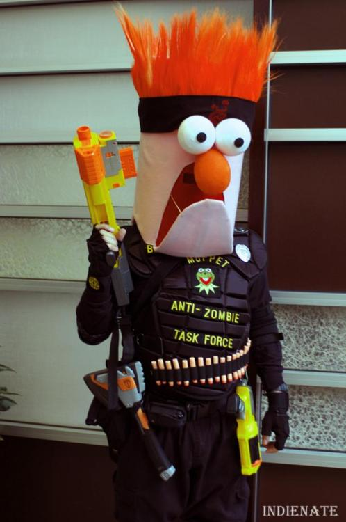 iamrickgrimesmissinghand:  Beaker, zombie hunter. No further comment. Photo by Nate Buchman
