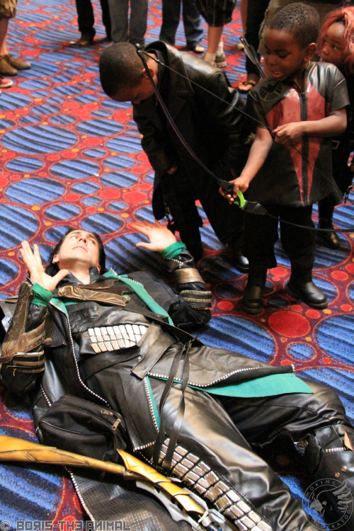 "loki-has:  sithcamaro:  Now they're ganging up on me. And Nick Fury is yelling ""Gimmie your wallet muthaf@cka!"".  you are a perfect human omg tHIS PICTURE IS ADORABLE AND PERFECT  Awesome! srsly I'd post pics of other characters being awesome to their kidfans, but I haven't seen any yet."