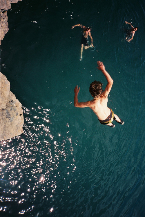 intheclearing:  It's friday…yiipppeee! saddest-summer:  Cliff Flip