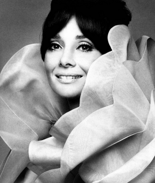 Audrey in Valentino's white gazar shawl, photo by Gian Paolo Barbieri for Italian Vogue, Aug. 1969.