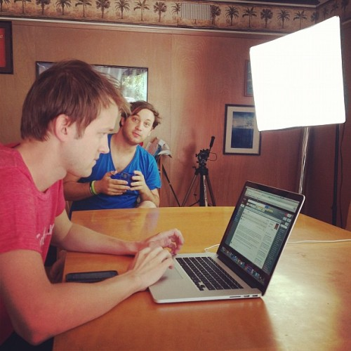 Luke Conard and Miss Glamorazzi are doing a live stream - on UNow.   Check them out.  I will make an appearance!  (Taken with Instagram)