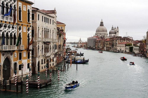 na-nashi:  Venice, Italy :: Grand Canal by Ya Ya on Flickr.
