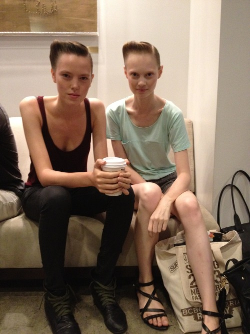 vogueadventure:  Models chilling out backstage at Suno