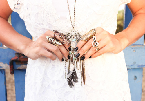 what-do-i-wear:  All accessories: Shine Accessories    |    Dress: Sheinside (image: thefashioncrack)